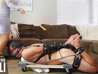 amateur, asiatique, bondage, pieds, femdom, fétiche, pied, attachée comme une truie, attachée, fouet