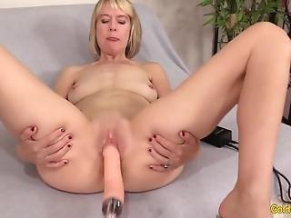 Kiimainen mummo amatööri seksi
