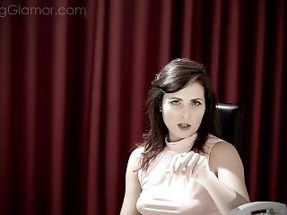Smokingglamor Helena Price Teaser