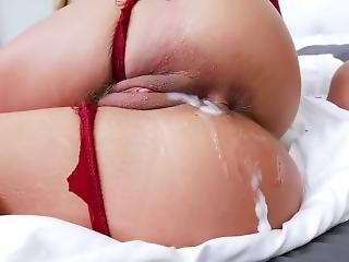 Cheater Wife Phoenix Marie Gets Fucked By Robber