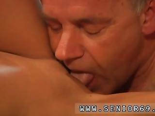 Girl Solo Teen Hd Dildo When Eric Is Doing His Workout He Is Indeed