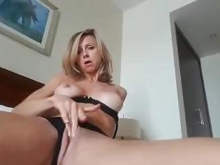 Blonde Masturbate With Hair Brush Cum 2 Times
