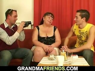 Fat Mature Woman Takes Two Cocks At Once