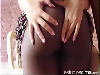 Interracial Victoria Blonde And Coral