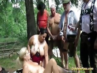 Amatør bbw orgie