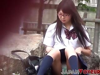 asiatisch, japanisch, höschen, öffentlich, schule, nichtsahnend, uniform, spanner