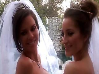 Hot Milf Veronica Avluv And Dani Daniels - Bridal Lesbians
