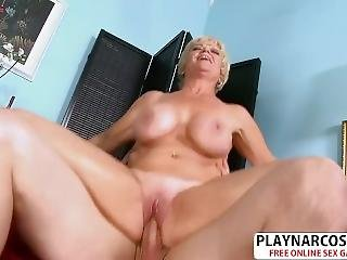 Sensuous Girlfriend Mom Destiny Anne Wants To Fuck Well Hot Bud
