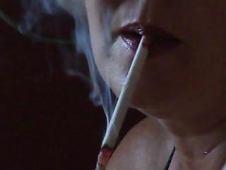 Honění, Milf, Kouření
