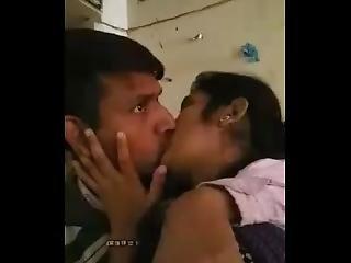Dobbel Penetration, Indisk, Kysser, Penetration, Sex