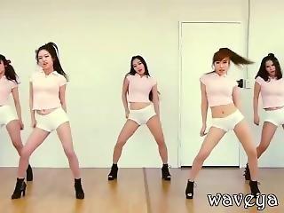 Waveya Korean Dance Group - Gentleman