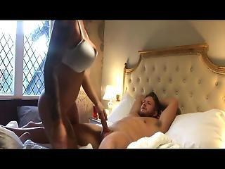Zreli goli pornografski snimci