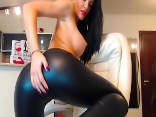 Tasty Cam Girl Masturbation On Cam