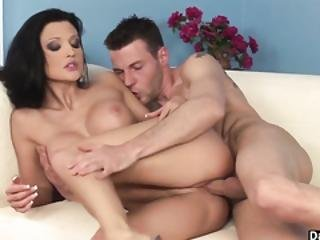Busty Babe Artemis Gold Gets A Good Facial