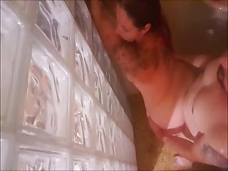 Un Polvo Rapido En La Ducha-a Fast Fuck In The Shower