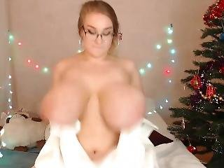 Epic Camgirl Titties. Unreal