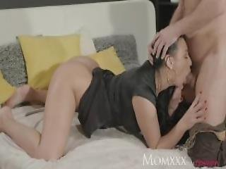 Mom Squirts Her Delicious Pussy Juices Over Him As He Fingers Her G Spot