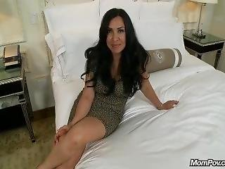 Pov Mom Linda (42 Year Old Latina With Beautiful Tits)