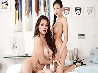 Lovely Babe Vahn Gets Fucked Hardcore By Ts Jessy Dubai