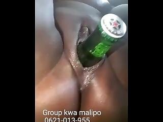 kont, bier, dikke kont, fles, ebbehout kleur sex, fetish, neuken, masturbatie, solo, spellen