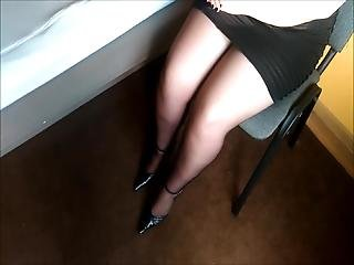 Wife Shoeplay And Destroy Old Heels