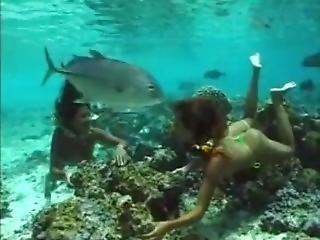 Tahitian Girls Swimming Underwater (softcore)