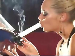 fetish Nadija smoking