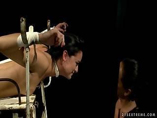 Mistress Dominating Slavegirl