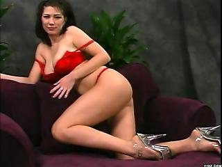 Pretty Babe Shaves Thoroughly Pussy And Ass1