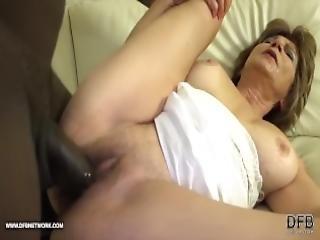 anal, cul, sodomie, grosse bite, black, sperme, nique, grand-mère, mamie, interracial, lèche, vieux, sexe