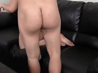 amateur, anal, hinterzimmer, blasen, vorsprechen, couch, deutsch, onanieren, orgie, necken
