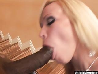 Blonde With Amazing Ass Bounces On A Big Cock