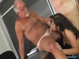 Horny Boss Fuck Secretary In The Office