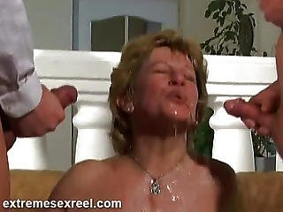 Hot Slut Piss Drinking