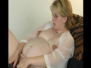 Mature Lady With Dildo