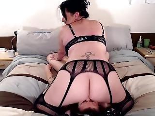 KATHERYN: Face farting fetish tube
