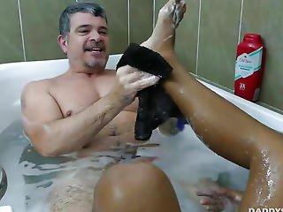 Dad Copulates Oriental Guy In Shower