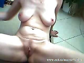 Peggy 50 Years From Australia My Noisy Orgasm