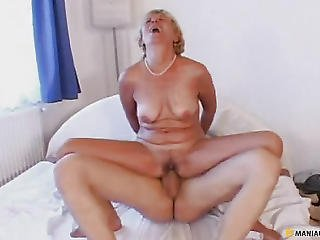 Aunt Fucking With A Chap Sitting On His Penis