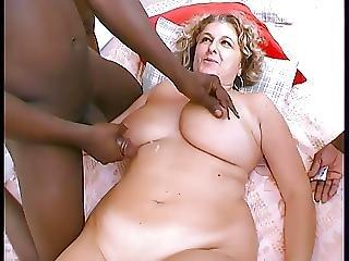 Enormes Nichons Blonde Baisee Par 3 Blacks