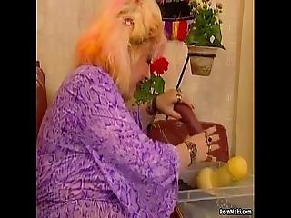뚱보, 거유, 토실 토실 살찐, 휘 스팅, 빌어 먹을, 할머니, 할머니, 성숙한, 어머니, 늙은, 젊은
