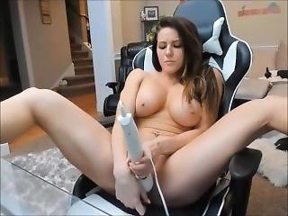 Cute Sexy Booty Huge Tits Babe Play With Toys On Web