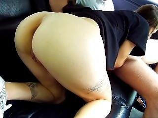 Teen Suck And Fuck In A Car Backseat
