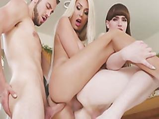 Shemales In Bareback N Double Anal 3some