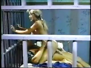 velké dudy, blonďaté, kuřba, vězení, pornohvězda, sex, staré