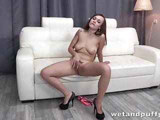 Cherry Pussy - Brunette Babe Katarina Gapes Her Pussy And Enjoys Dildo