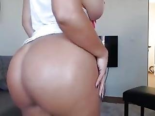 Big Boobs Tits And Ass Fingering Pussy Squirting
