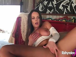 Rahyndee James Natural Big Tits And Ass Solo Scene
