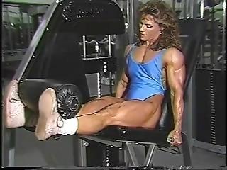 brunetka, fetysz, siłownia, solo