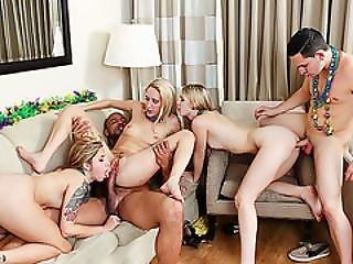 Sexy Teen Bffs Enjoys A Party Group Fuck